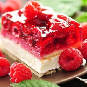 torta golosa, dolci al cucchiaio, torta ai frutti di bosco, torta estiva